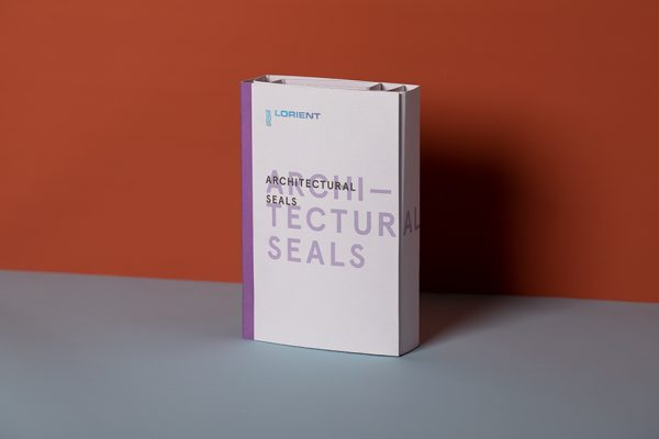 Lorient Sample Presenter with holographic foil