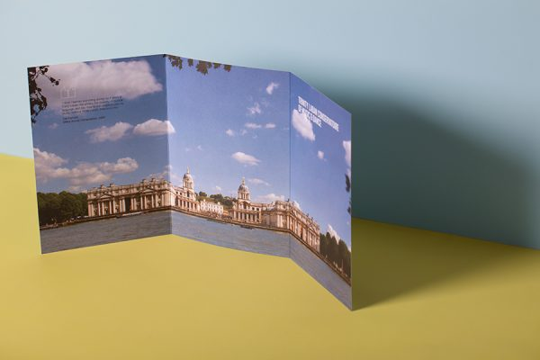 Roll folding leaflet and brochure printing