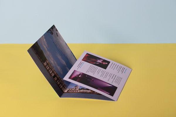 Roll fold brochure printing