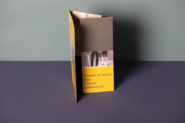 Roll fold leaflet printing