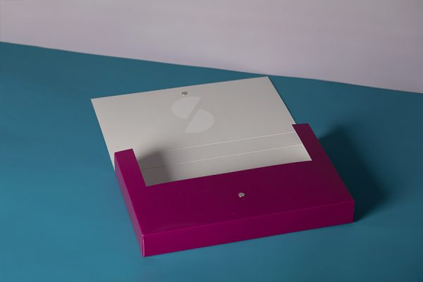 Branded brochure presentation box