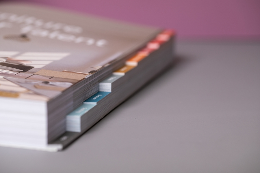 Custom index tab printing for brochures and catalogues